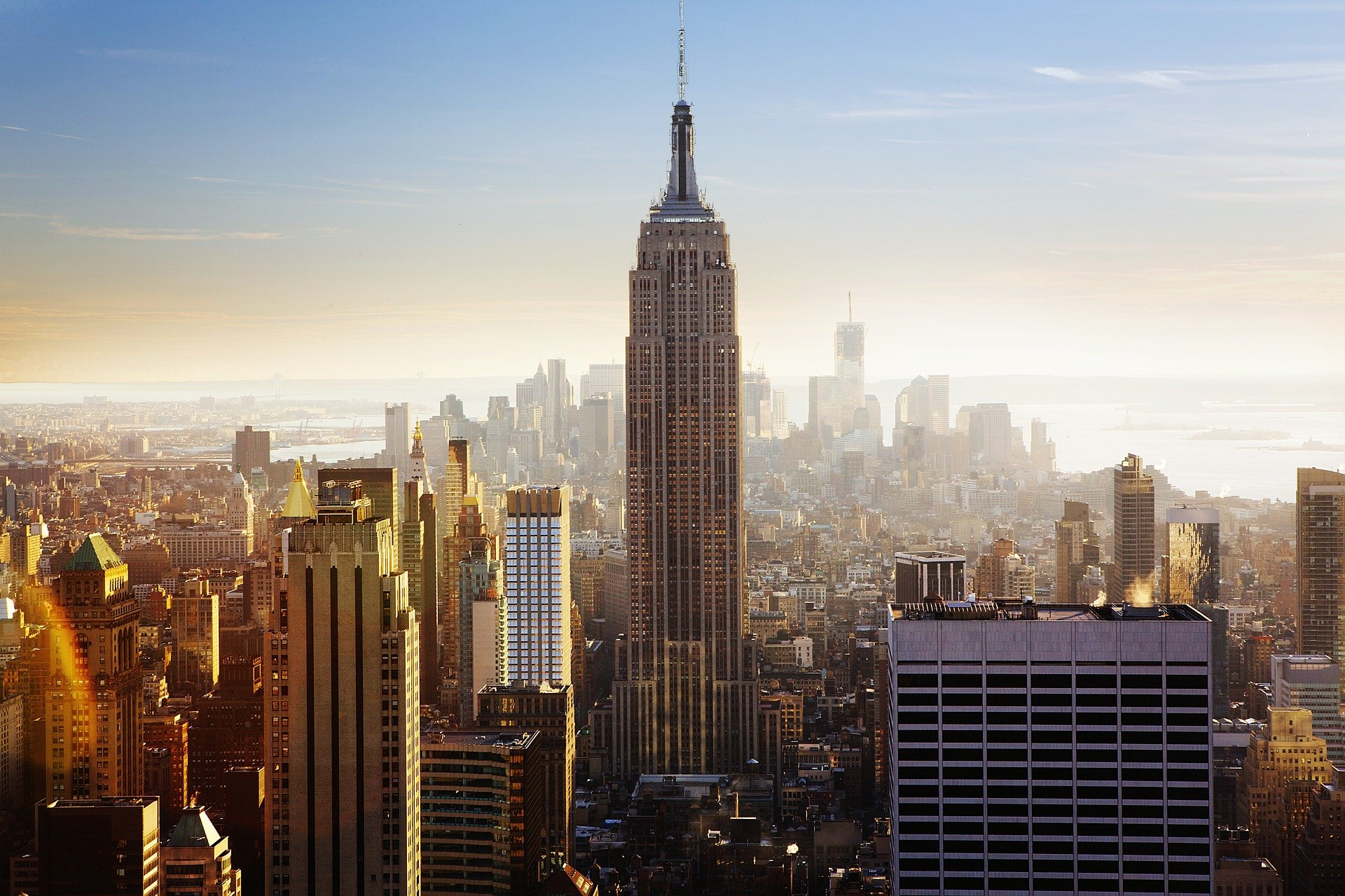 مبنى امباير ستيت في نيويورك