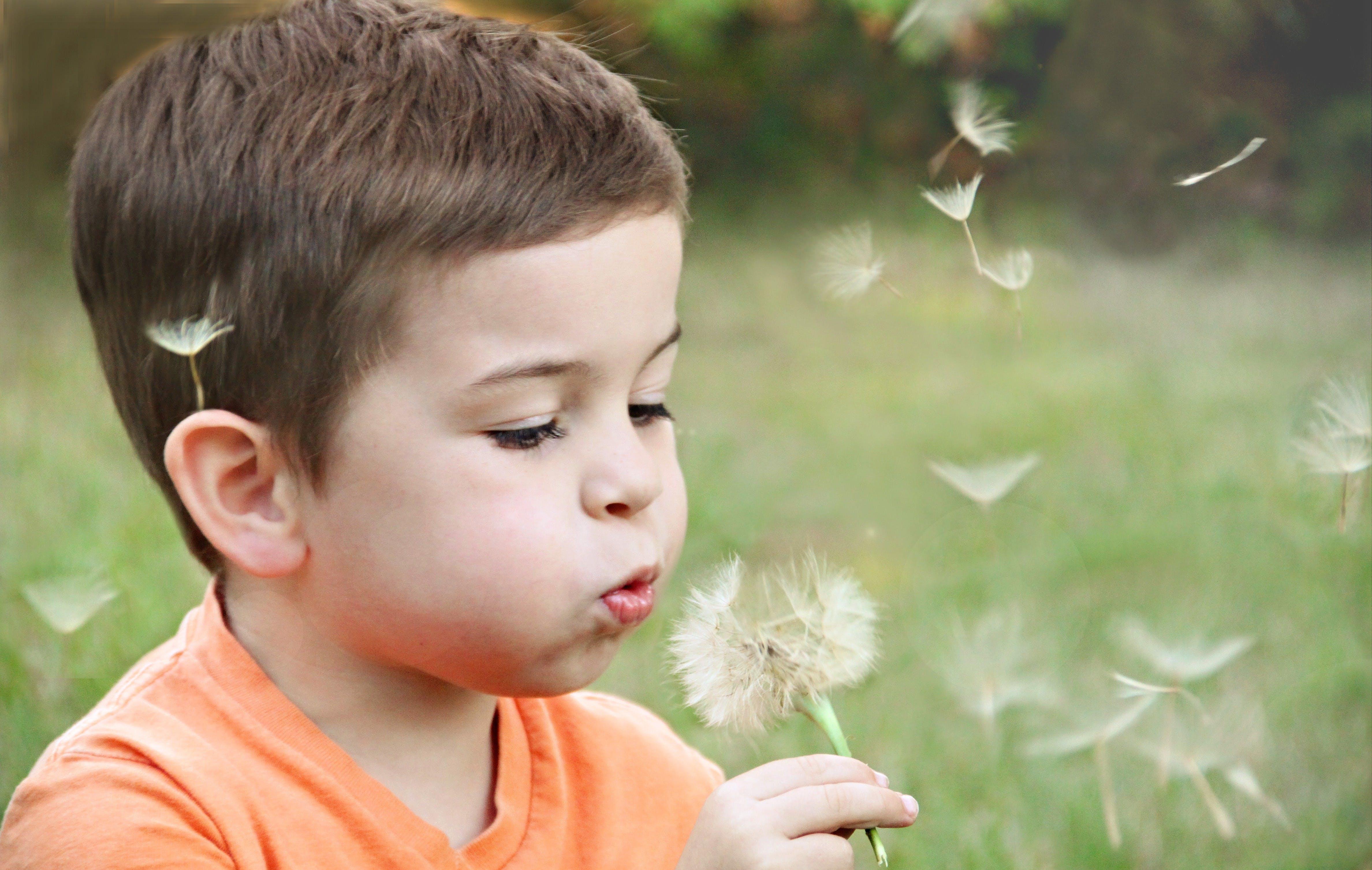 مساعدة طفلك على التكيف مع تشخيص السرطان