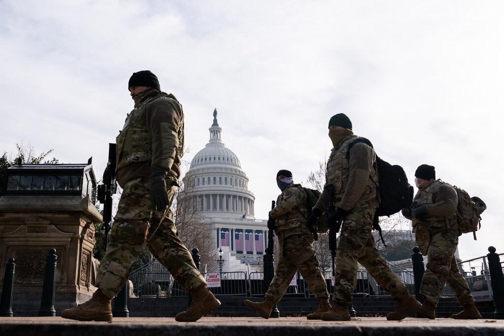 تحذيرات جديدة من العنف في المطارات مع تشديد الأمن عند تنصيب الرئيس المنتخب جو بايدن: ماذا سيحدث يوم 20 يناير القادم؟