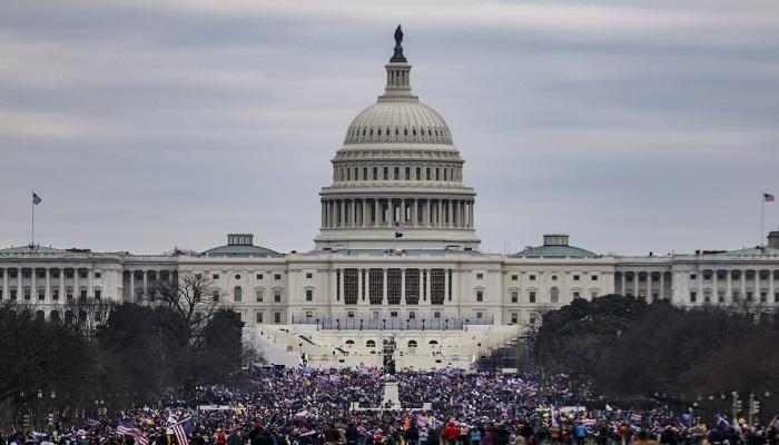 يتخذ الديمقراطيون الأمريكيون الخطوة الأولى لمساعدة بايدن لـ كوفيد-19