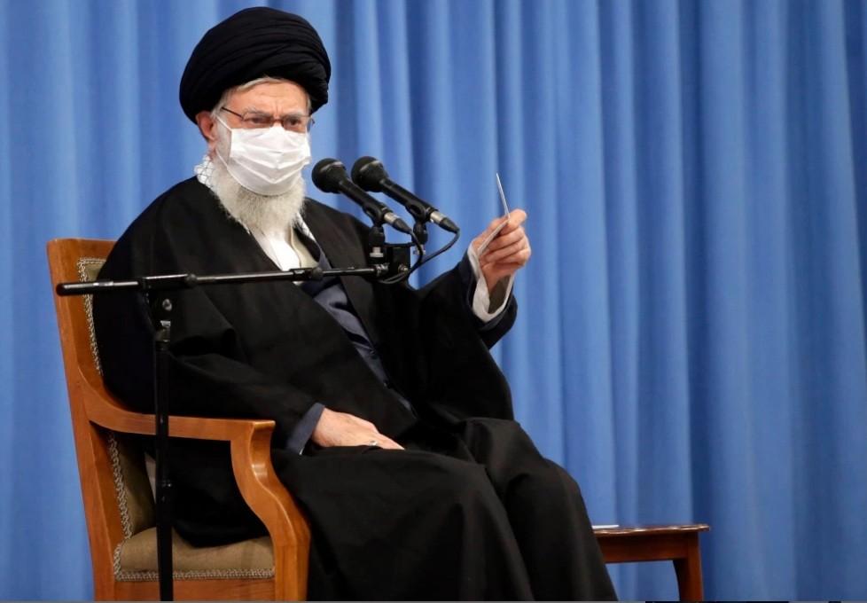 إيران: إن على الولايات المتحدة رفع جميع العقوبات للعودة إلى الاتفاق النووي لعام 2015