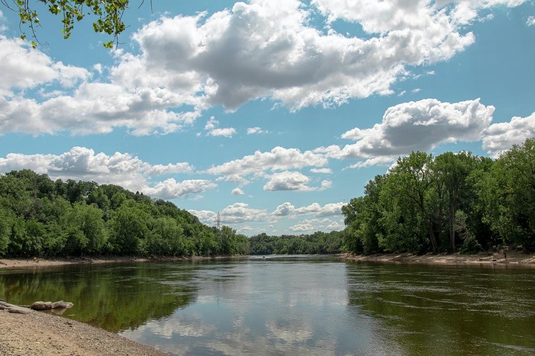 """في ولاية مينيسوتا """"أرض الألف بحيرة"""" أماكن سياحية لا تفوتها"""