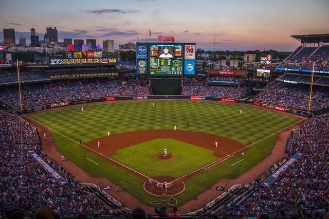 تطور كرة البيسبول الأمريكية