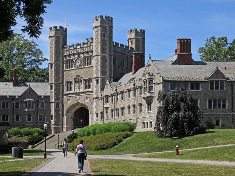 جامعة برينستون الأمريكية