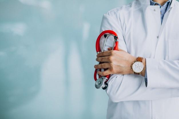 منح لدراسة الطب في أمريكا