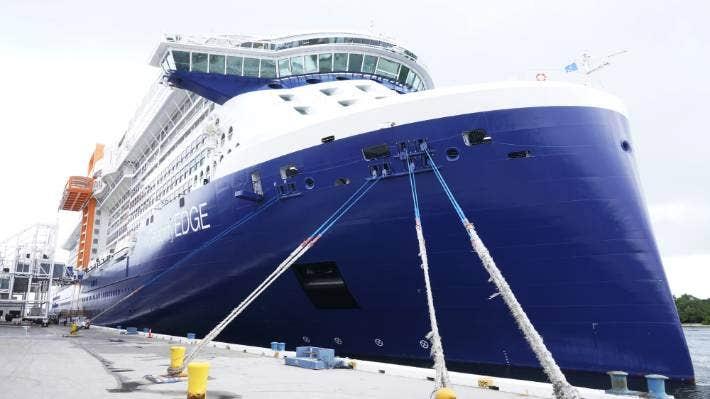 أول سفينة سياحية تبحر من ميناء أمريكي خلال 15 شهرًا