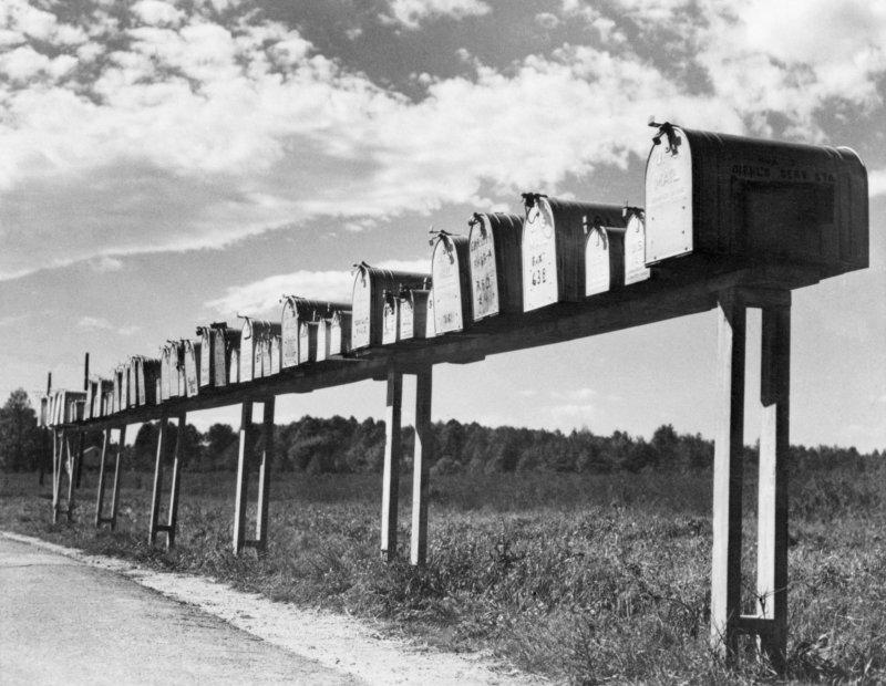 بداية توصيل البريد المجاني الى الريف الامريكي