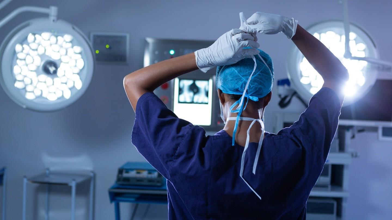 أغلى تخصصات الاطباء في امريكا - نسخة 2021