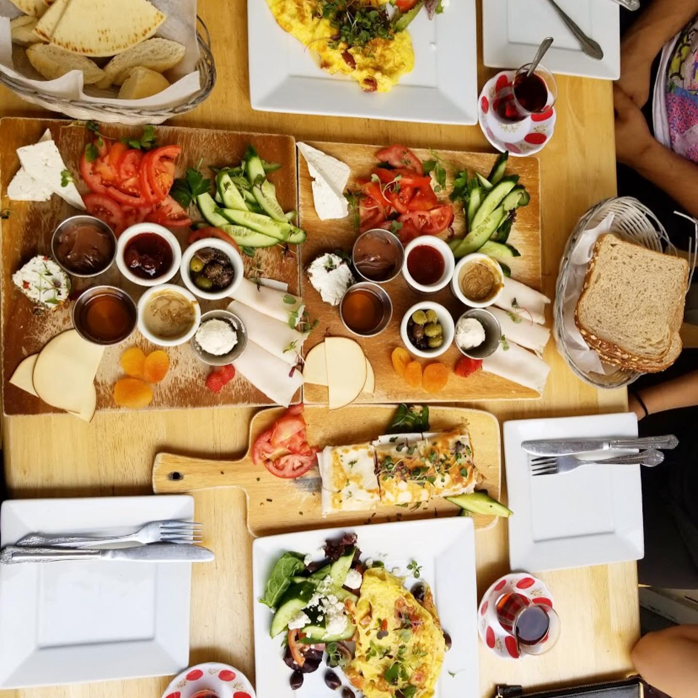 مطاعم عربية في لوس أنجلوس