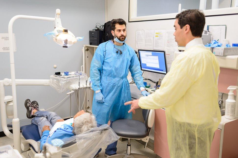 أفضل كليات طب الأسنان في امريكا 2022