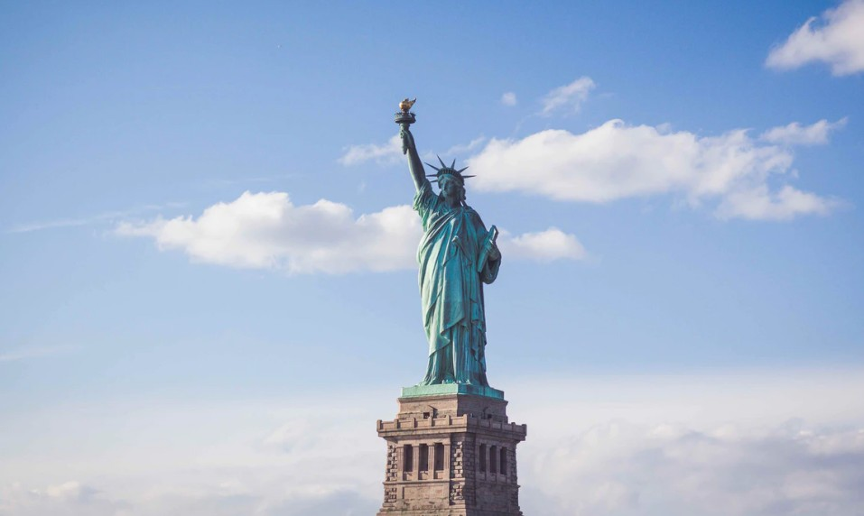 إيجابيات وسلبيات العيش في أمريكا