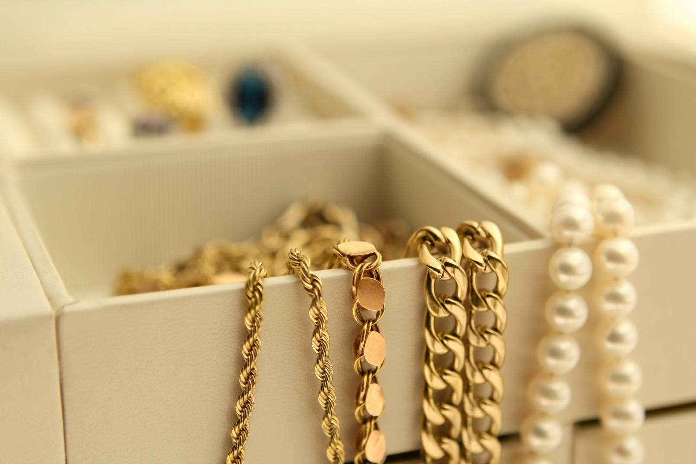 10 أشهر شركات المجوهرات والذهب في أمريكا