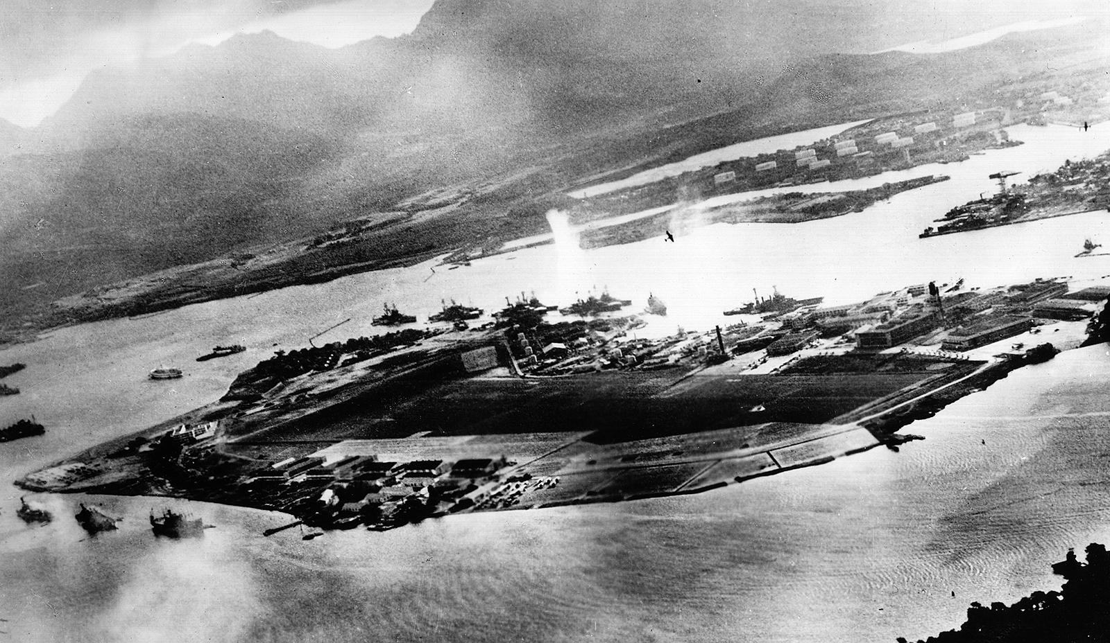 الولايات المتحدة الامريكية والحرب العالمية الثانية - الجزء 1