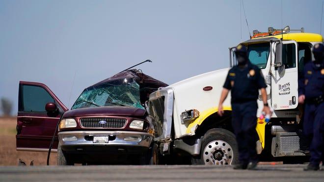تكساس: 10 قتلى بعد تحطم شاحنة تقل مهاجرين
