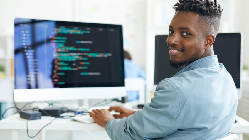 رواتب مهندسي البرمجيات في 12 مدينة أمريكية
