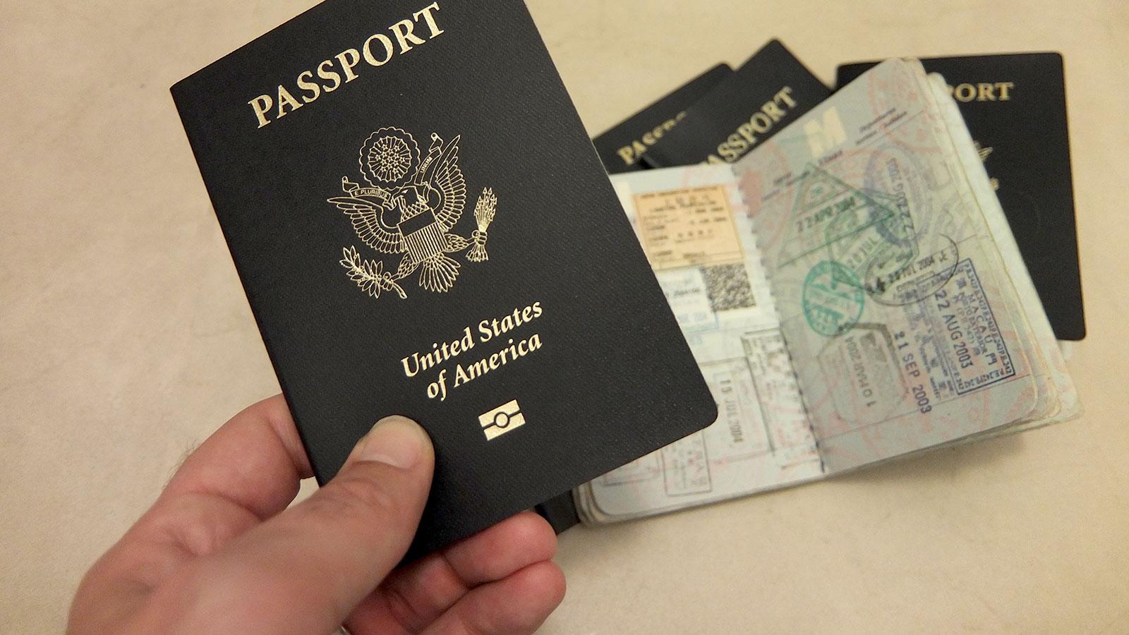 شروط التخلي عن الجنسية الأمريكية من الخارج