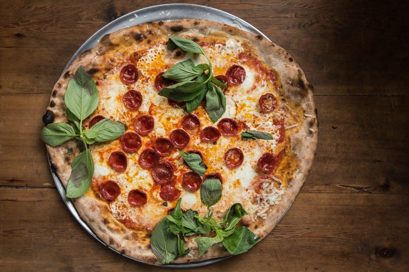 أفضل مطاعم البيتزا في نيويورك لعام 2022