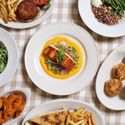 The most famous American diet systems - Clyde's Willow creek Farm restaurant - أنظمة الدايت الأمريكية