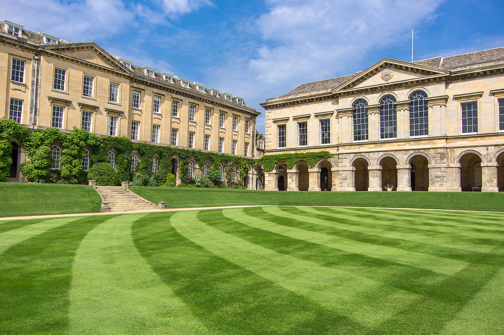 Worcester College, Oxford - Certificate equivalency in America - معادلة الشهادة في امريكا