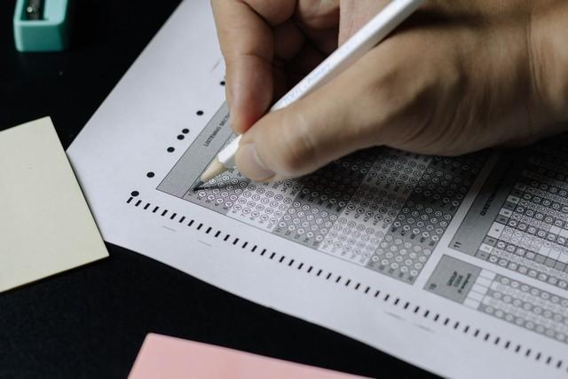 اختبار gre لتقييم الخريجين في أمريكا