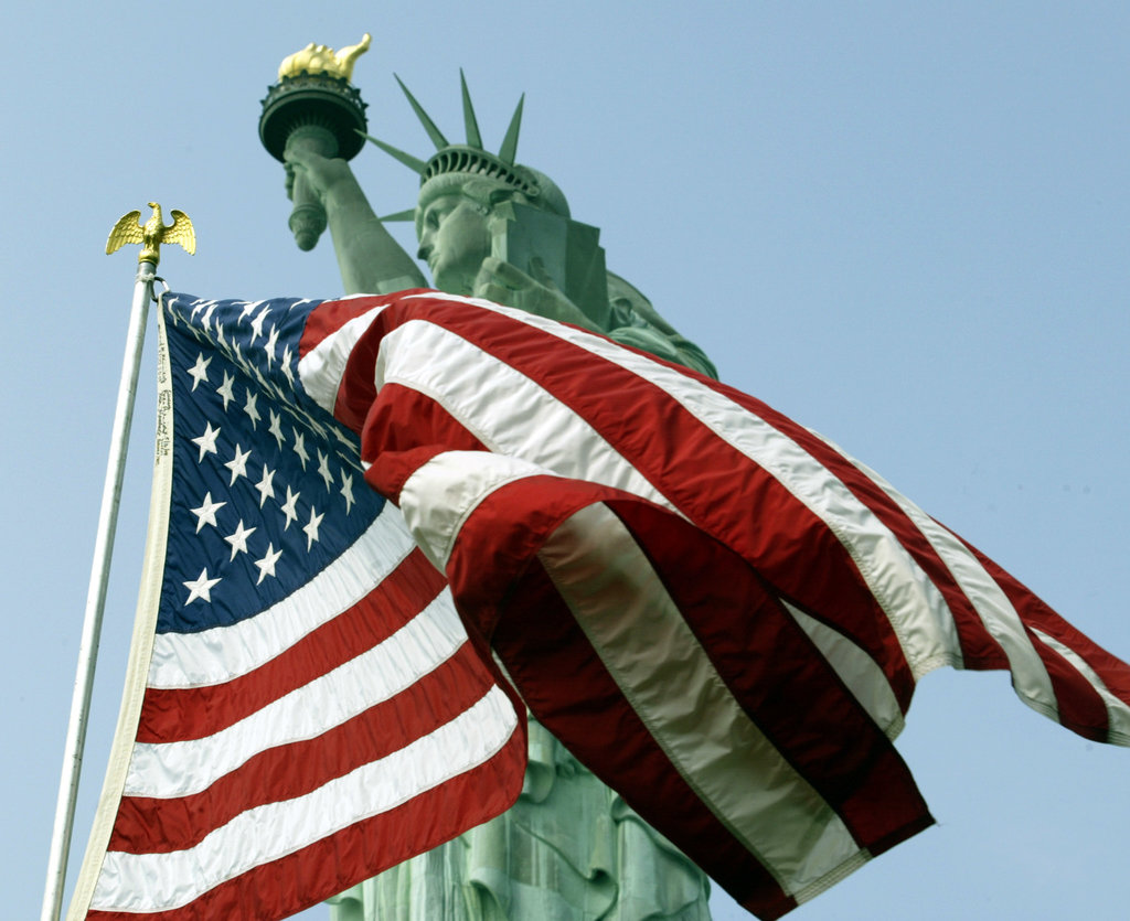أفضل مبادرات المدن للوافدين الجدد إلى أمريكا في 2021