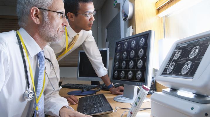 أفضل مستشفيات امريكا لجراحات العمود الفقري 2021