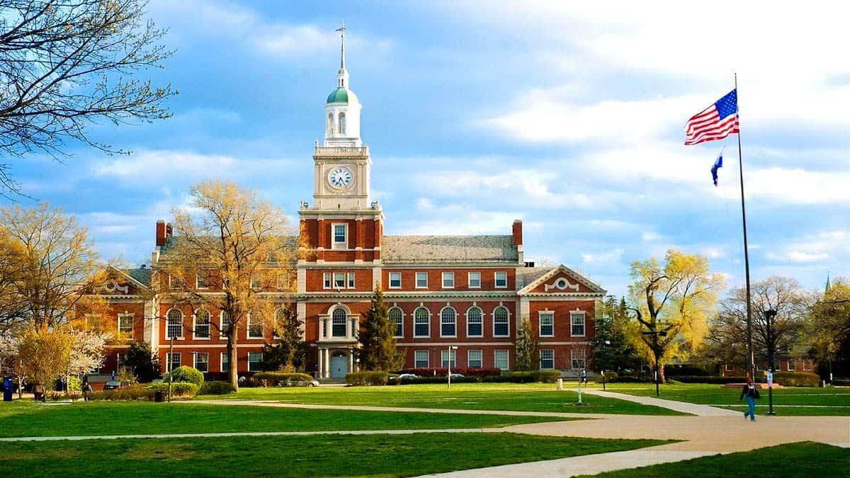 الدراسة في امريكا 2021 - 2022: المستندات المطلوبة ومتطلبات اللغة والاستعداد للتقديم