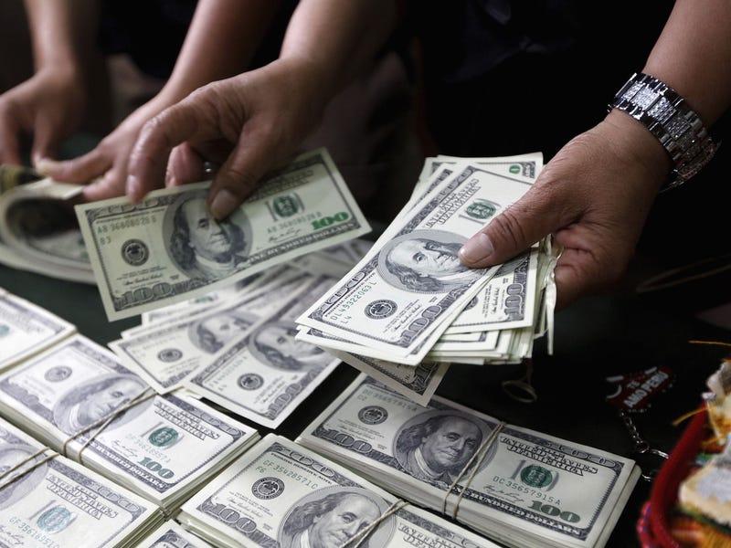 مزايا العمل في شركة أبل - الاعلى قيمة في العالم بقيمة 2 تريليون دولار