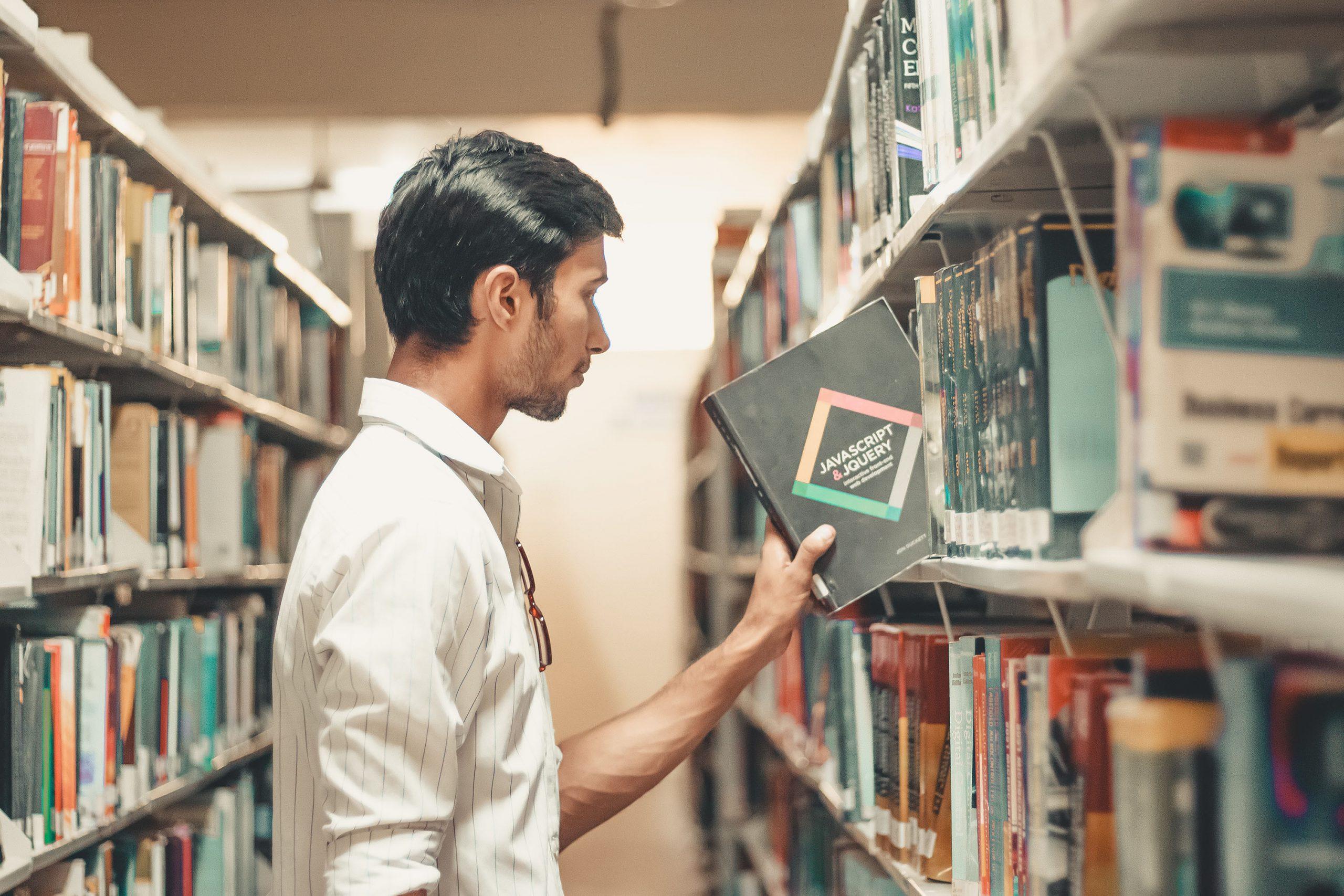 انواع المساعدة المالية المتاحة للطلاب الدوليين
