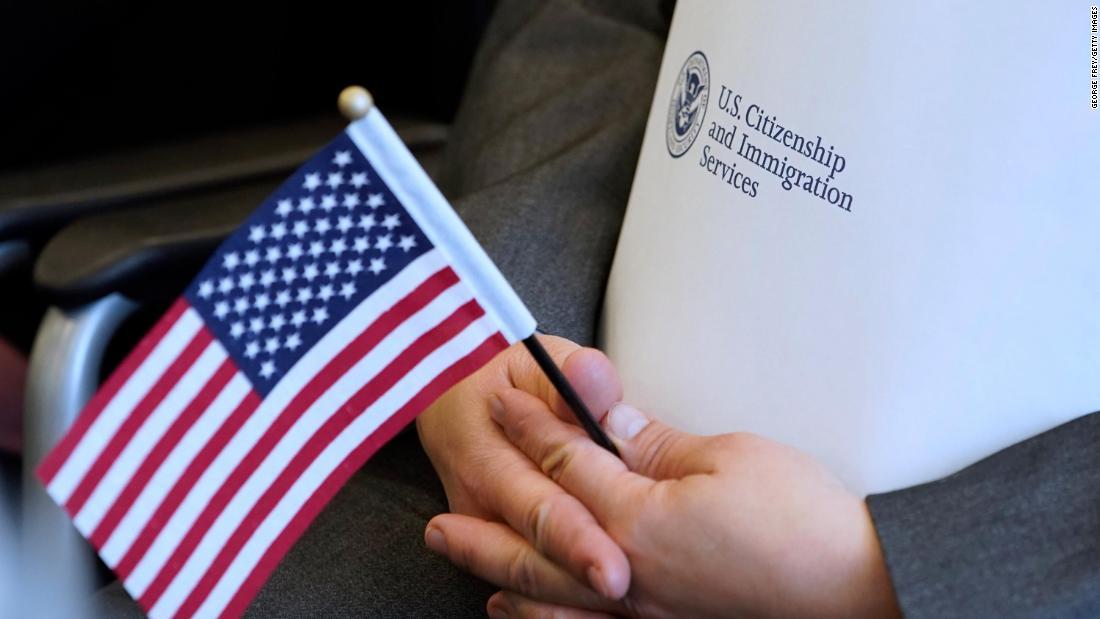 تاريخ الهجرة الى امريكا - بين الانسانية والقوانين ونهج ادارة بايدن