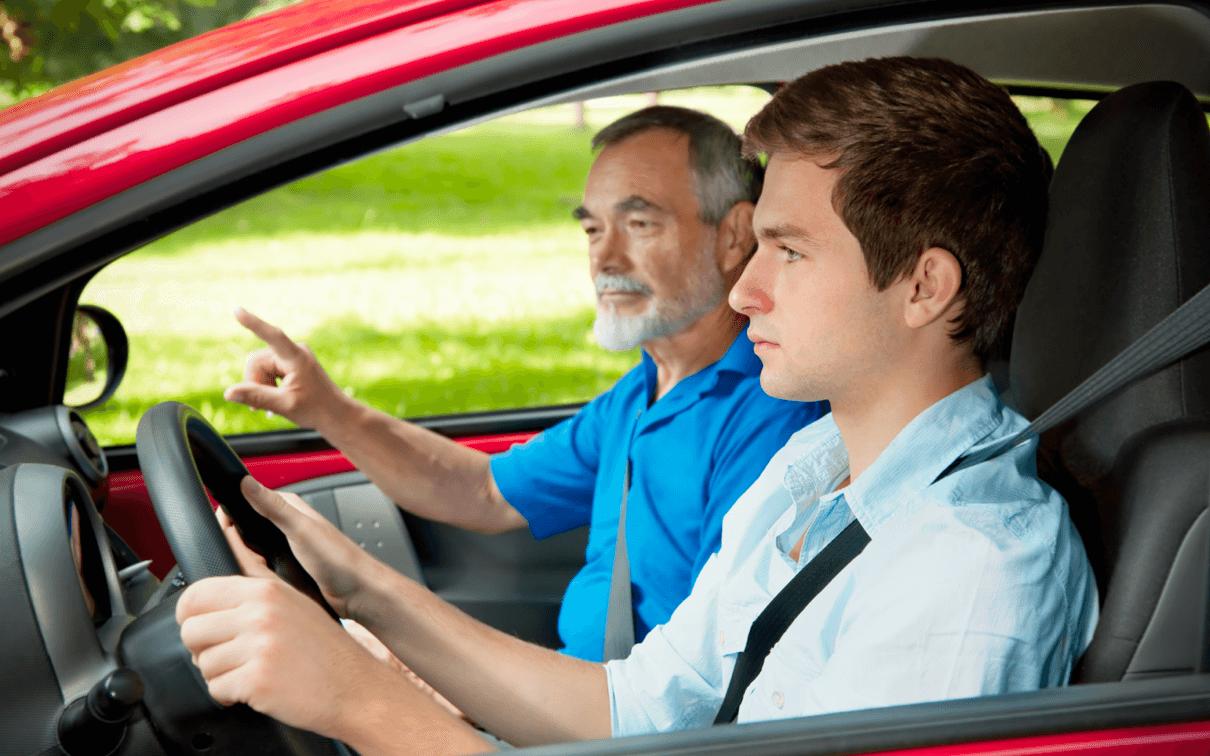 الحصول على رخصة قيادة أمريكية - كل ما تريد معرفته في 2022