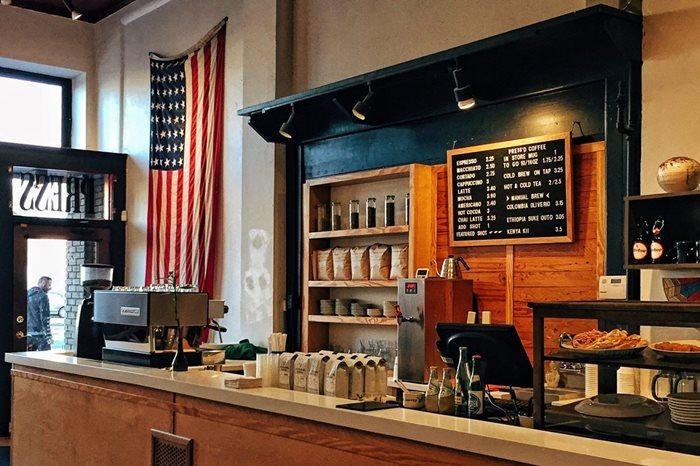 تكاليف فتح مقهى في امريكا - ارقام 2021