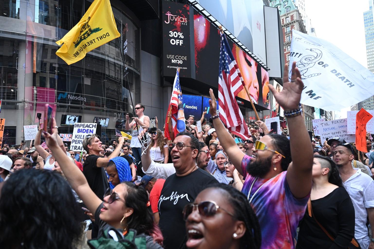 مظاهرات في نيويورك لمناهضي تطعيم كوفيد 19