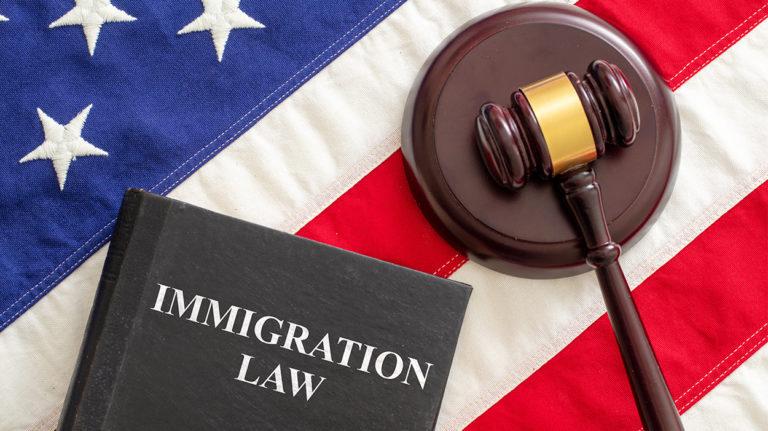 قانون الهجرة الأمريكي - نظرة توضيحية لأبرز النقاط في 2021