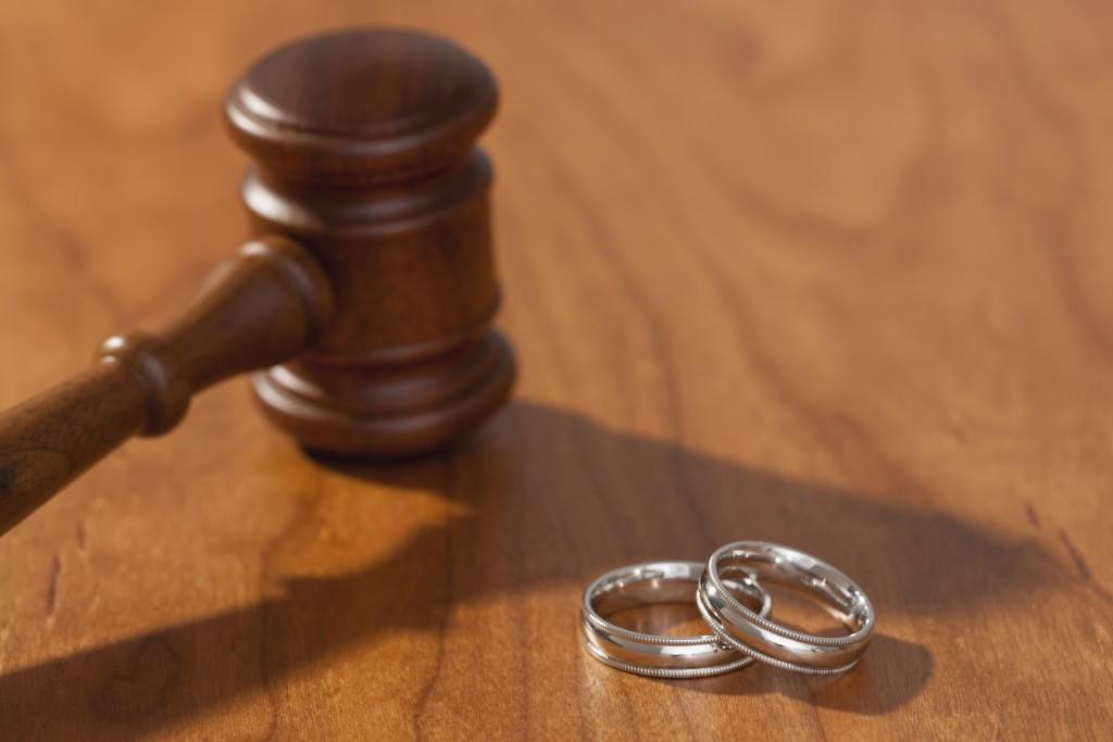قوانين الطلاق في 7 ولايات امريكية - الأغرب على الاطلاق