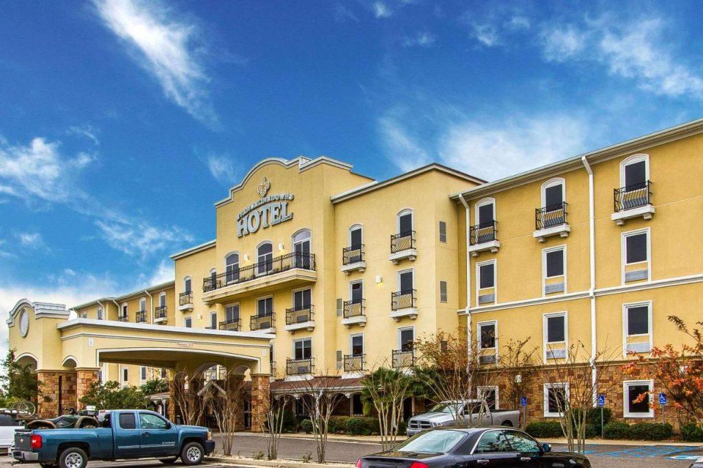 أرخص فنادق أكادينا للحجز في 2022