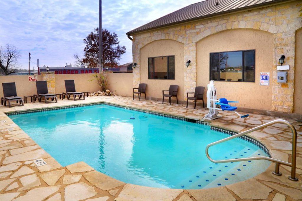 اقامة رخيصة في تكساس: أفضل الفنادق في 2022