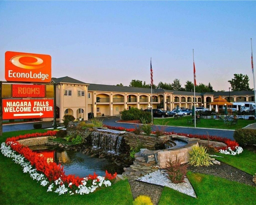 أفضل فنادق منطقة شلالات نياجرا للاستمتاع بالبقاء وسط الطبيعة في 2022