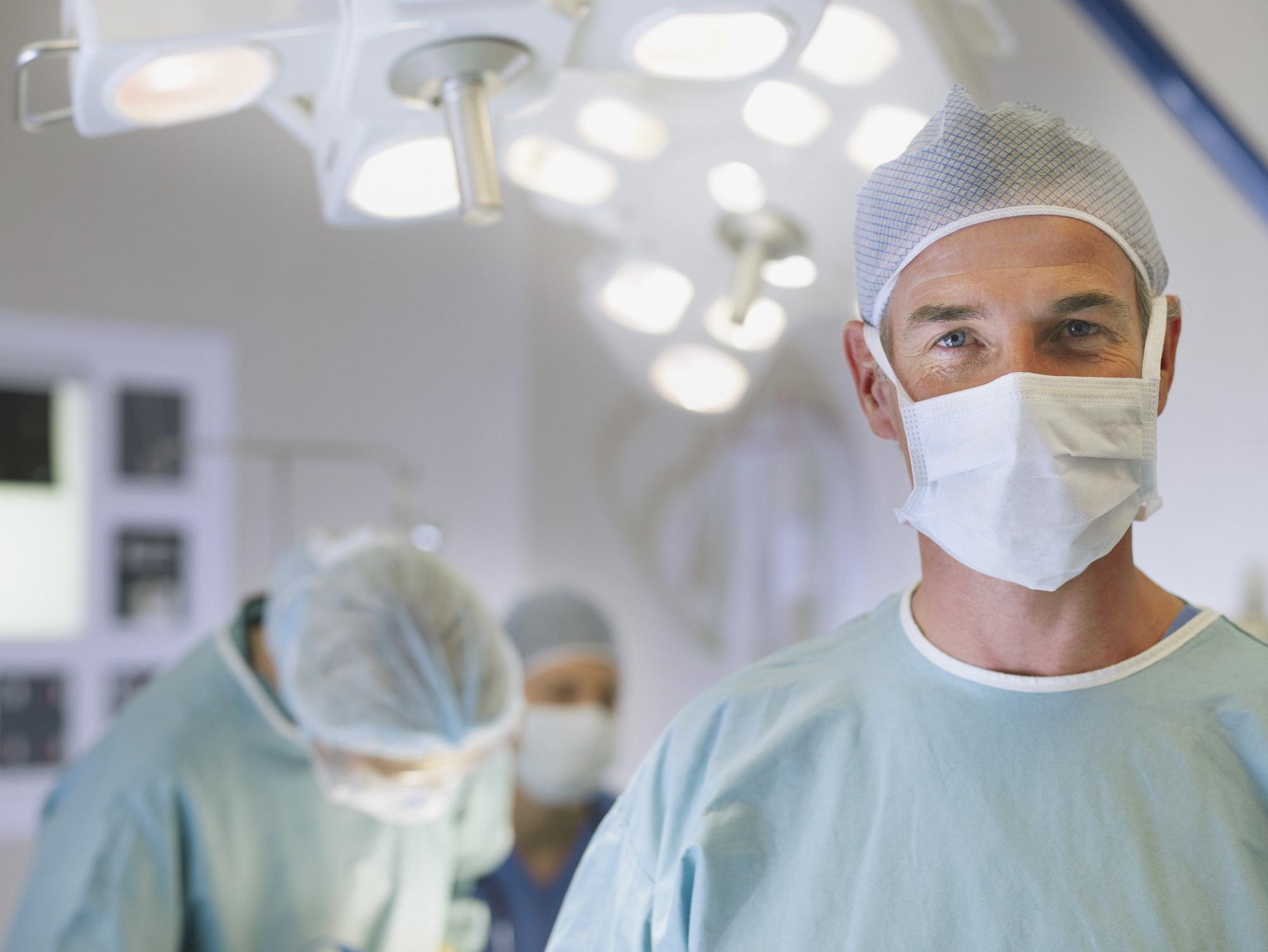 أفضل جراحي العظام في امريكا - تقرير 2021