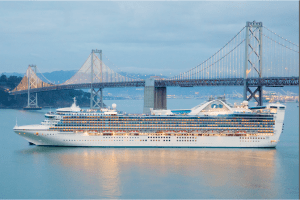 الرحلات البحرية تعود إلى سان فرانسيسكو بعد توقف دام 19 شهرًا