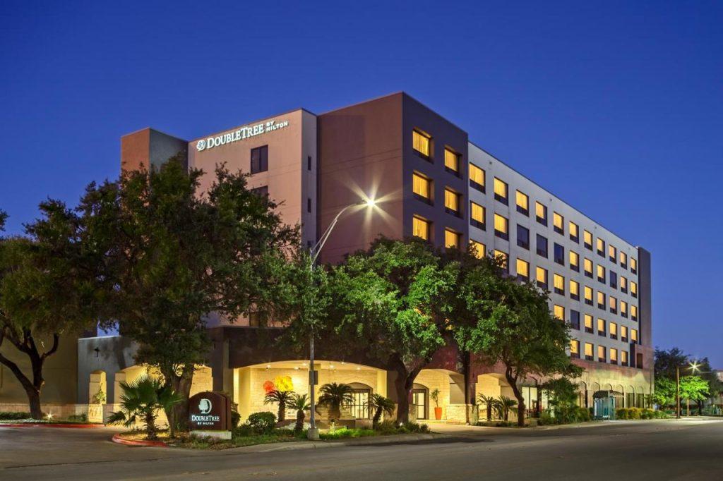 الحجز في أفضل فنادق سان انطونيو 2022